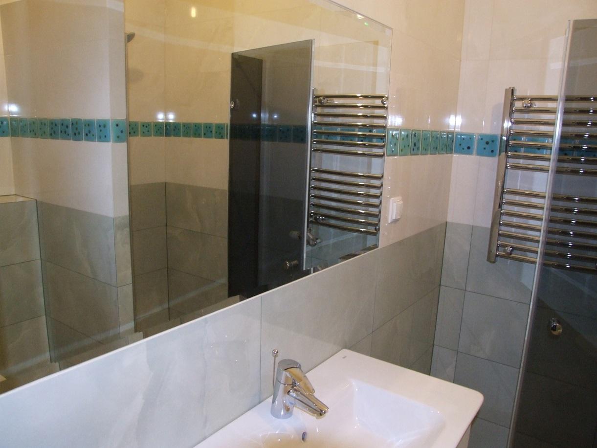 łazienki Zielono Biała Decor Ink Prace Remontowo